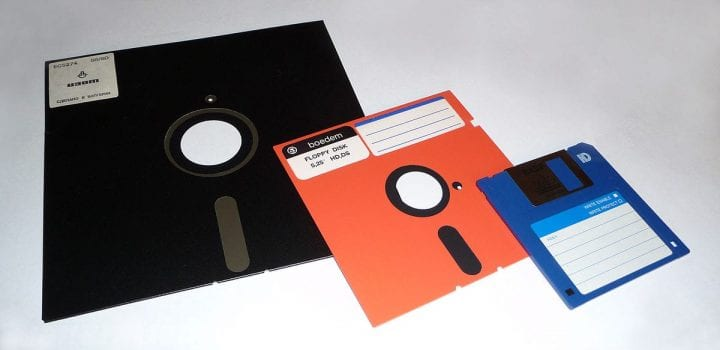 a bunch of floppy disks of different sizes