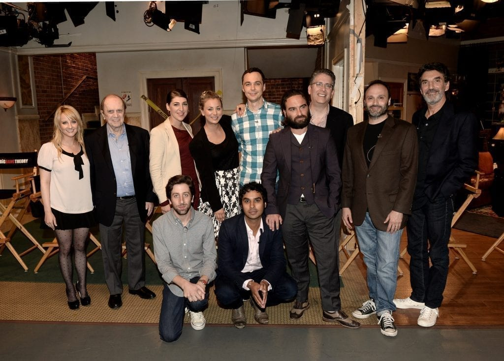 BURBANK, CA - AUGUST 15: Actors (L-R, front) Simon Helberg and Kunal Nayyar, (L-R, rear) Melissa Rauch, Bob Newhart, Mayim Bialik, Kaley Cuoco, Jim Parsons, Johnny Galecki and executive producers Steve Molaro, Bill Prady and Chuck Lorre appear on the set of