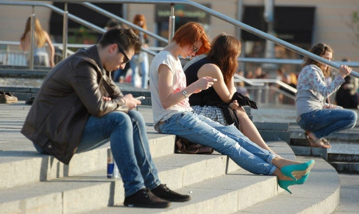 Study finds social media increases feelings of depression and loneliness