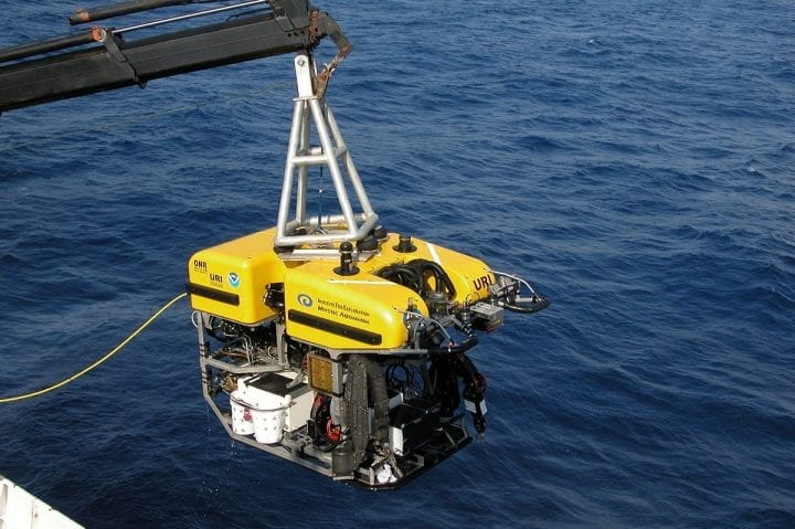 a submersible is plunged into the water