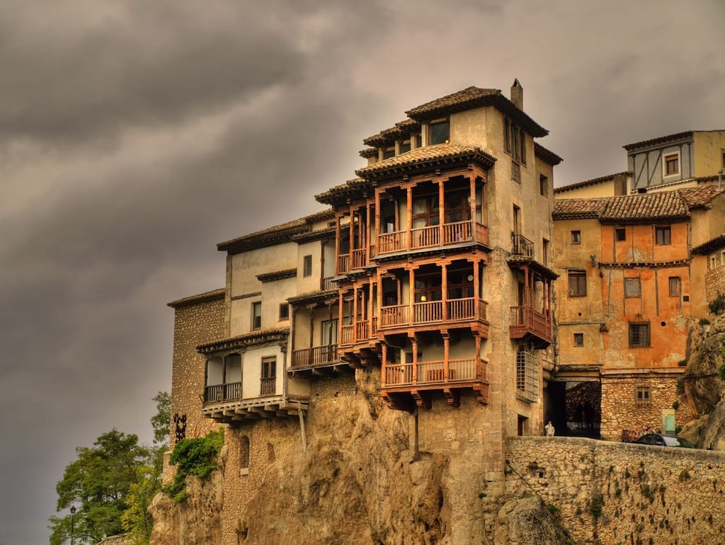 Cuenca spain hanging houses dangerous homes