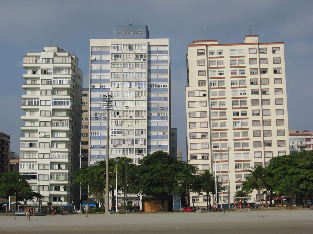 Leaning high rise towers santos brazil dangerous