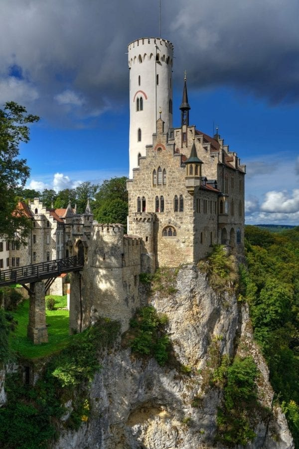 Lichtenstein Castle cliff dangerous house