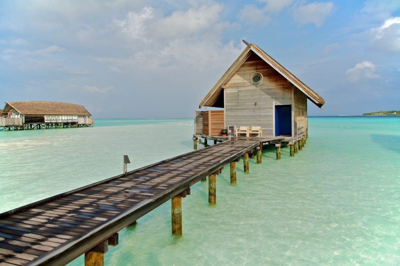 Maldives house ocean island dangerous home