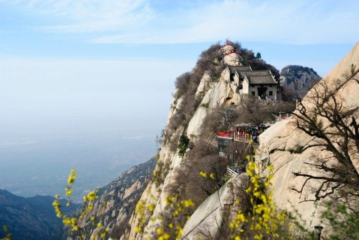 Mount Hua teahouse temple dangerous