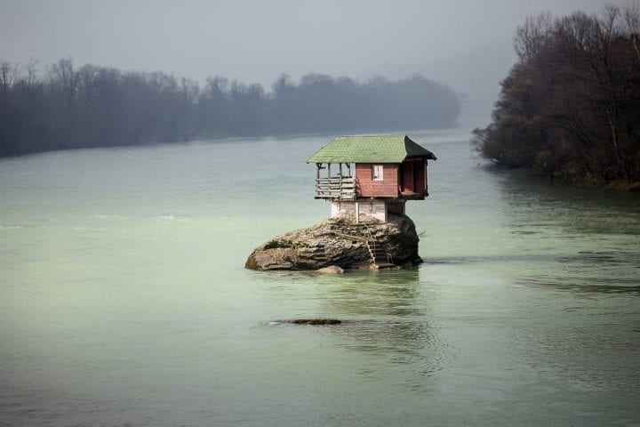 River Drina dangerous house