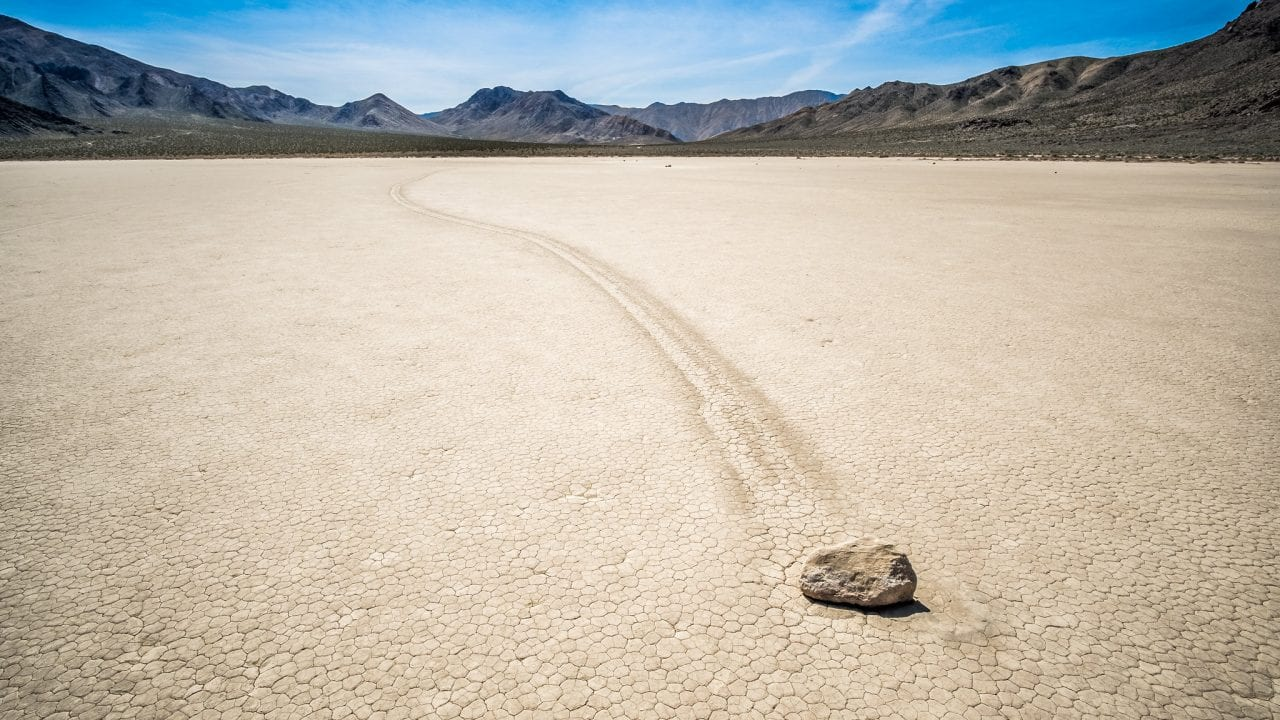 Racetrack death valley creepy natural place
