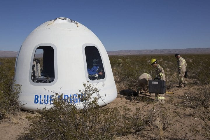 Blue origin new shepard space crew capsule