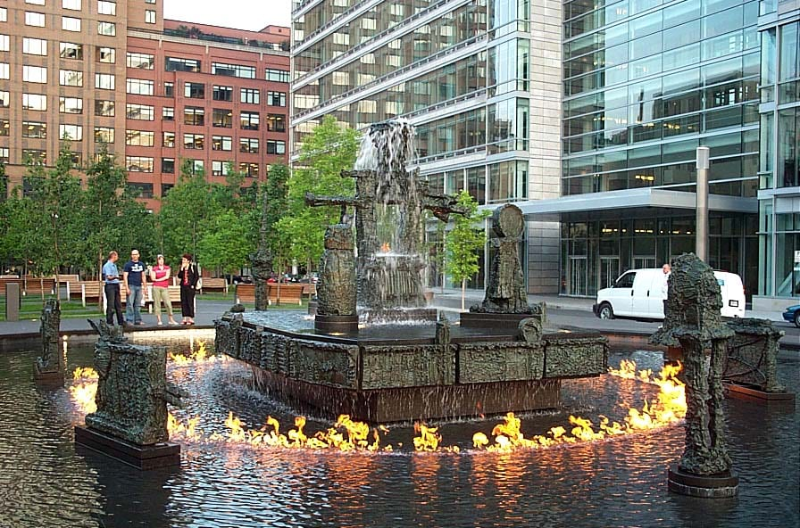 La Joute fire fountain Montreal