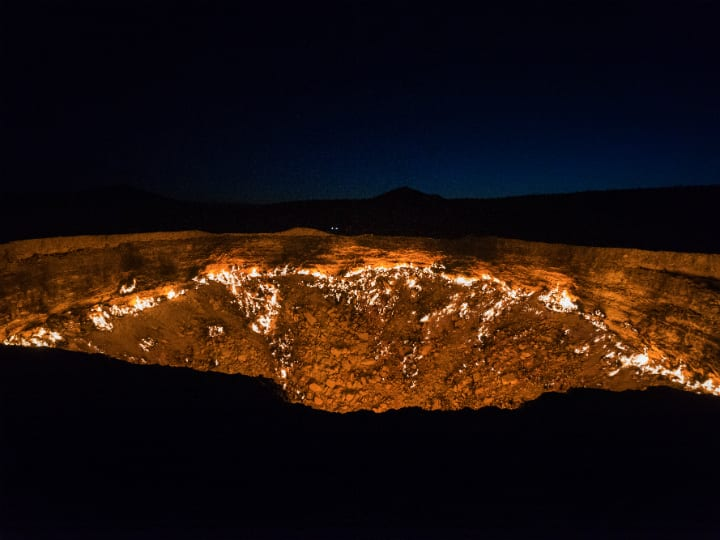 door-to-hell-darvaza-gas-crater