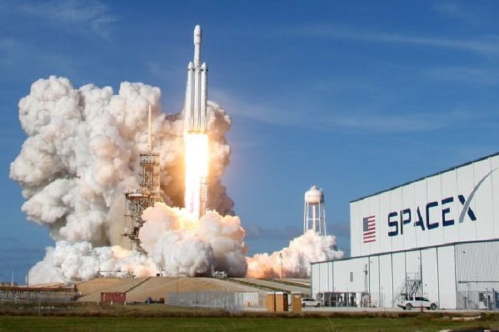 Space race 2019: All the key players trying to get us back to space