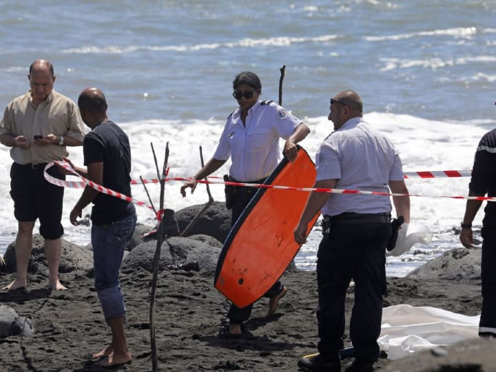 Réunion Island, shark attacks, dangerous beach
