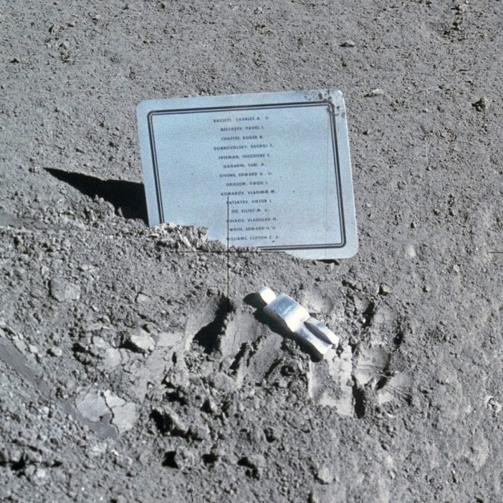 Fallen Astronaut sculpture sent to space moon