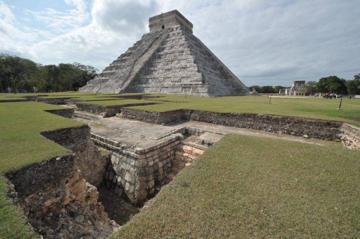 Picture of the Kukulcan temple, also known as El Castillo (The Castle), a step pyramid dominating Chichen Itza archaeological site - a complex built by the Mayan civilization in the Yucatan Peninsula, in the Mexican state of Yucatan, taken on December 2, 2010 as the United Nations Framework Convention on Climate Change (COP-16) is being held in the nearby seaside resort of Cancun. AFP PHOTO / CRIS BOURONCLE --- MORE PICTURES IN IMAGE FORUM (Photo credit should read