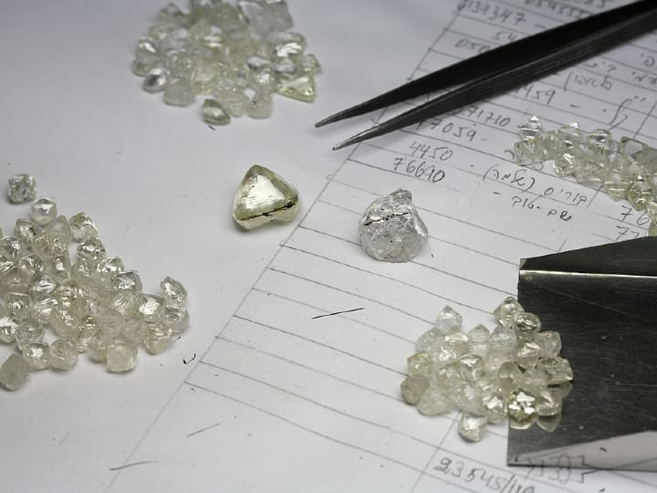 pile of diamonds, calculations, weight