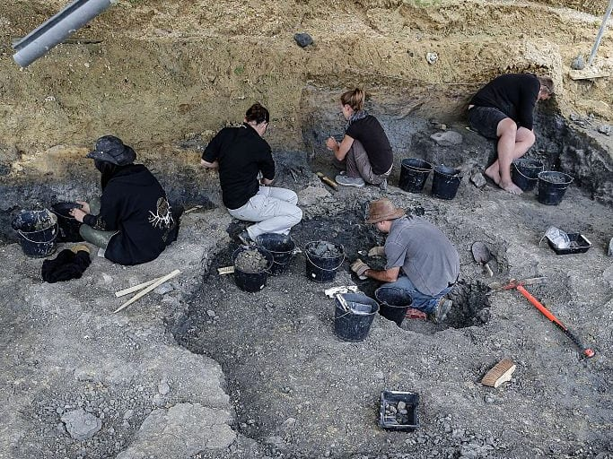 dig site, discovery, archaeology, France