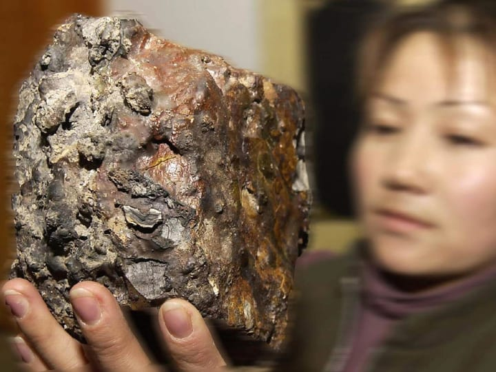 meteorite, diamonds found inside, space, big bang