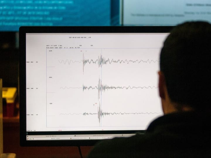 seismic measurements, geology, sound waves