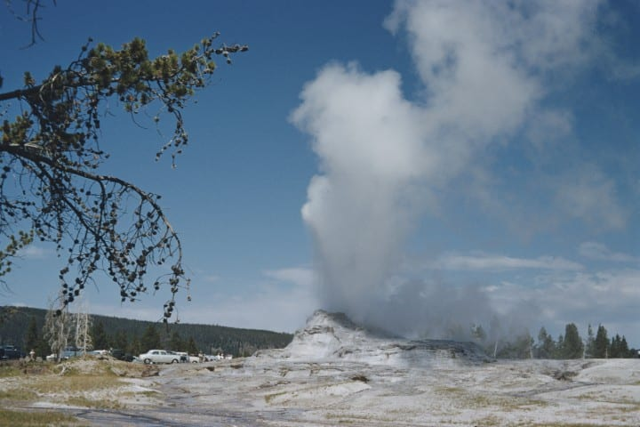 Dangerous natural tourist destinations Yellowstone