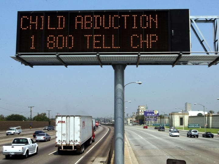 hotline, help children, prevent abduction